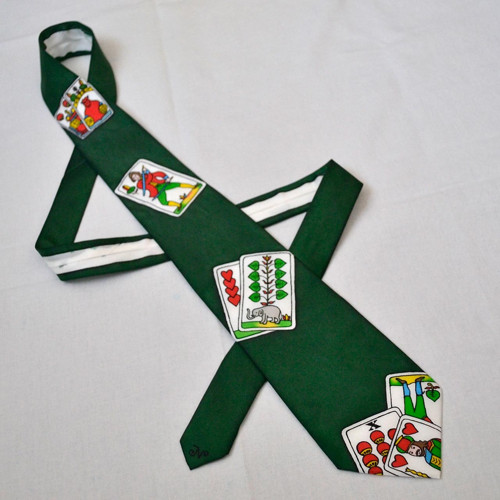 Zelená hedváb. kravata s mariášovými kartami-SLEVA