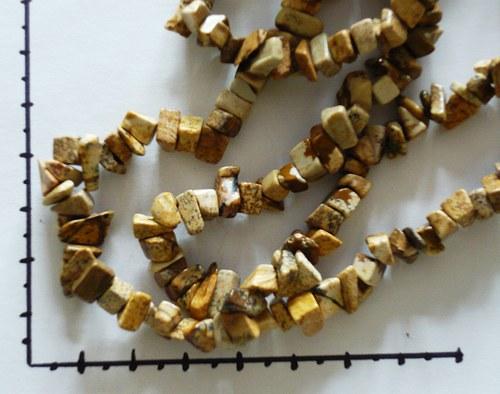 Zlomky jaspis 15cm