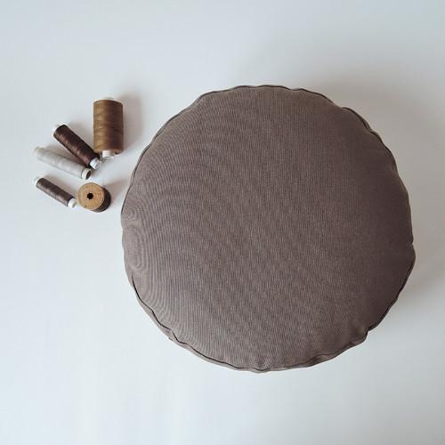 Meditační polštářek hnědý