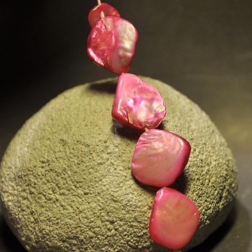 PER917 Perleť Pink neprav.tvar 12-18  mm