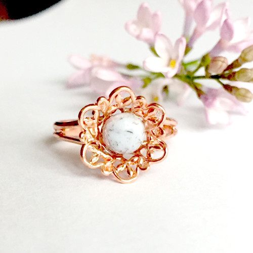 Jemný prsten s jaspisem, rúžové zlato