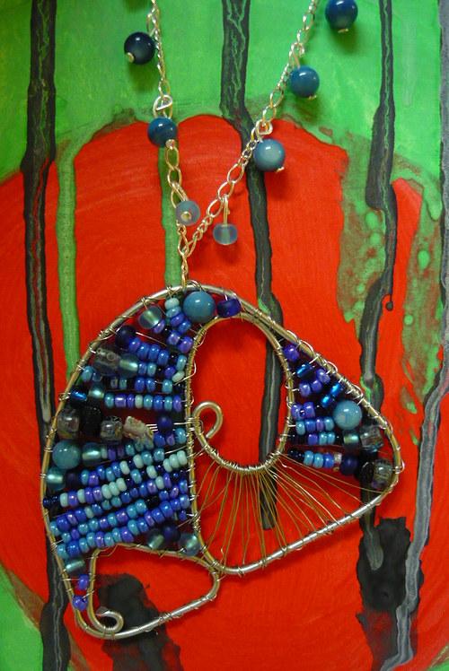 Drátkovaný náhrdelník Modrá ulita