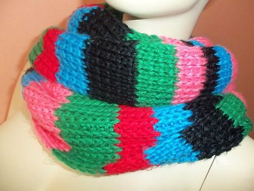 Dlouhá pletená maxišála
