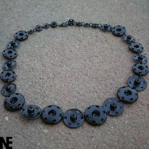 Stisknof náhrdelník