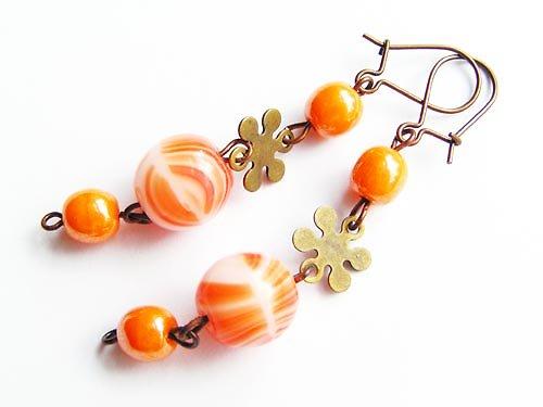 Oranžová a zlatá
