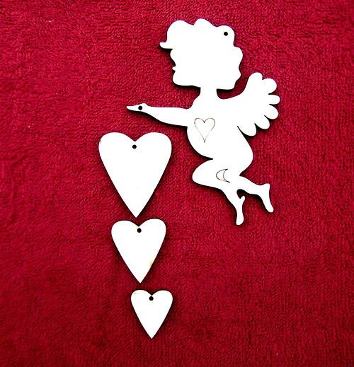 Závěsná dekorace anděl+srdce č. 3