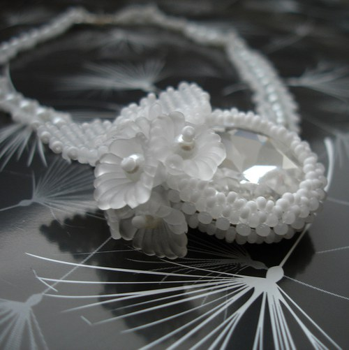 Swarovski Round Stones - bílý