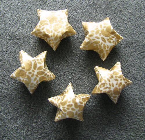 Papirové hvězdy pro tvorbu nebo dekorace