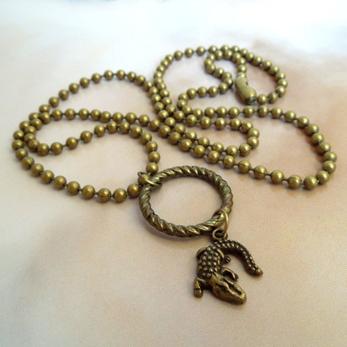 Náhrdelník Kuličkový řetízek s ještěrkou na kruhu