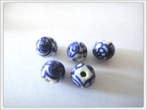 Čínský porcelánový korálek, modrá kulička A