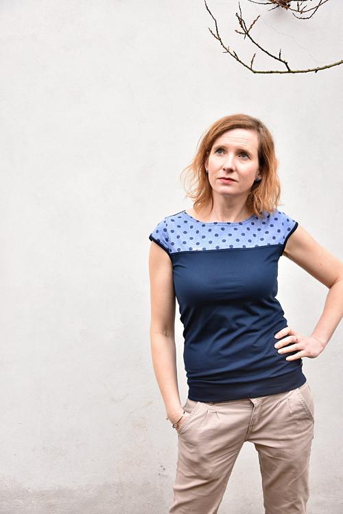 Modré s puntíkatým sedýlkem, vel. XL