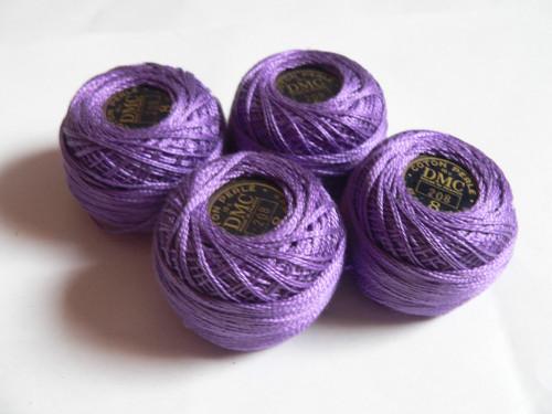 Perlovka fialová