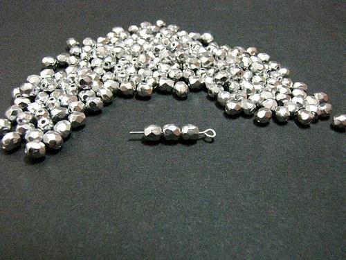 Stříbrné ohňovky, krásně blýskavé, 6  mm 20 ks