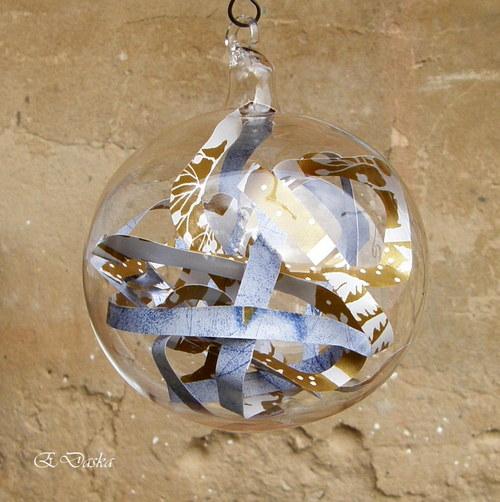 S překvapením - koule zlato modrá - světlá