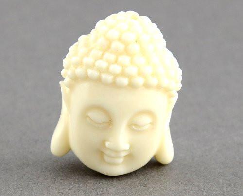 Buddha z korálu menší, slonová kost, 1 ks