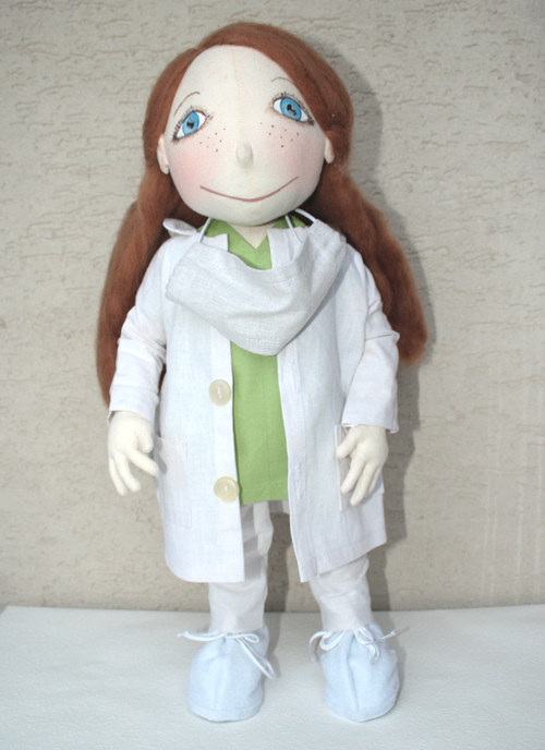 Bábika Doktorka