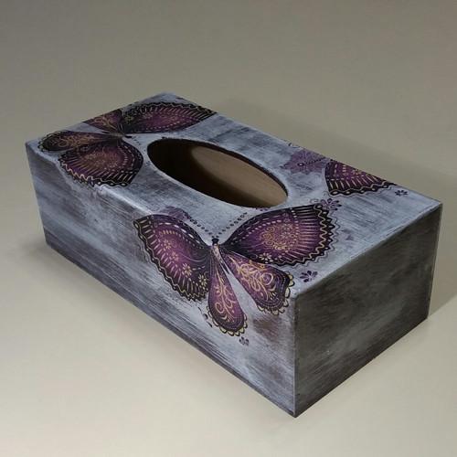 Krabička na kapesníky s motýly