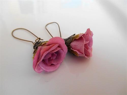 Růžičkové náušnice světle růžovofialové