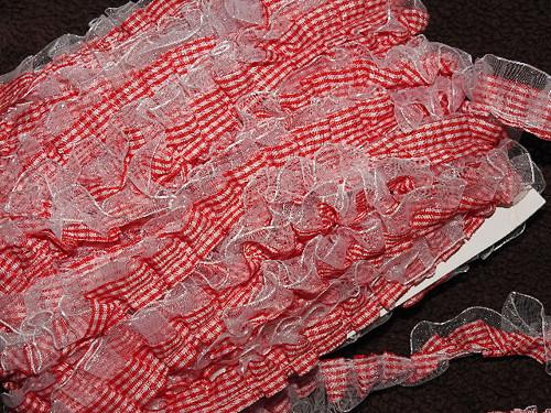 Oděvní prýmek šíře 20 mm s volánkem káro