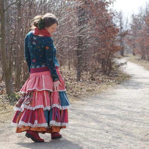 Na cestě k jaru ...volánová maxi sukně vel. M