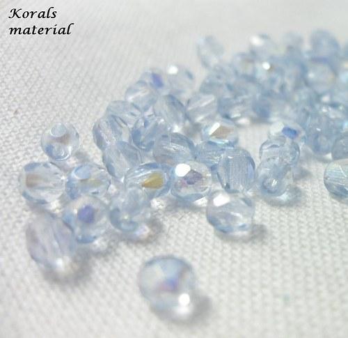 2215 Korálky BROUŠENÉ 4 mm, světle modrá AB, 60 ks