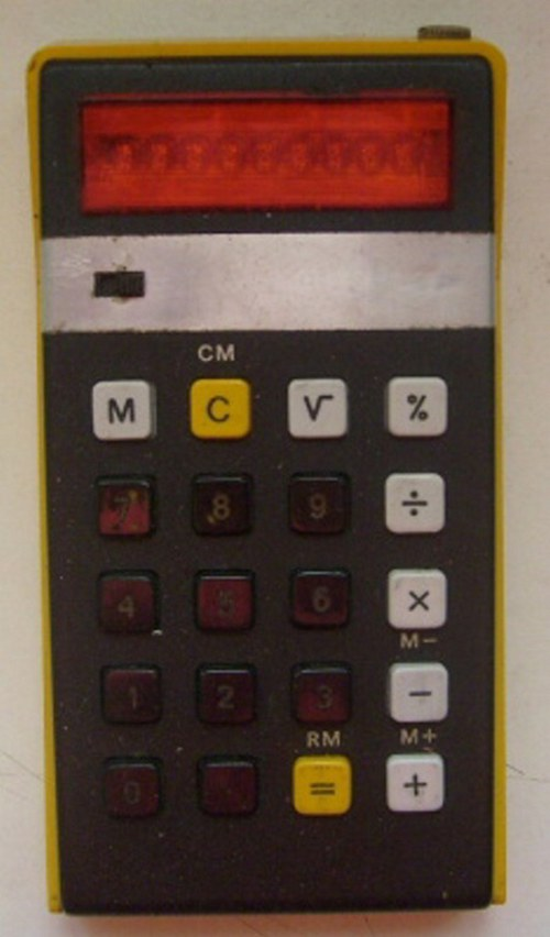 * Kalkulačka * ELKA 103 * 70.tá léta *