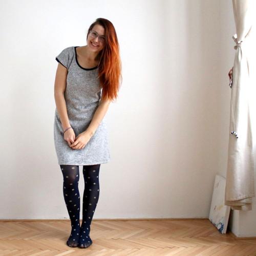 Teplé šedé šatičky :)