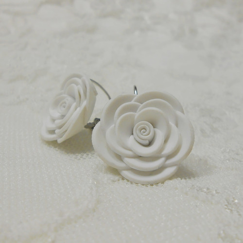 MAXI růžičky bílé