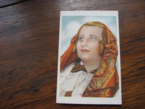 V šátku...pohlednice, kroje