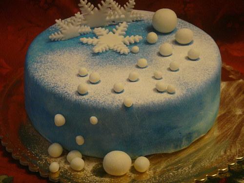 Vánoční dort - modrý, sněhové vločky a koule