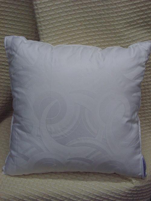 Výplň polštáře duté vlákno 40 x 40, povlak damašek