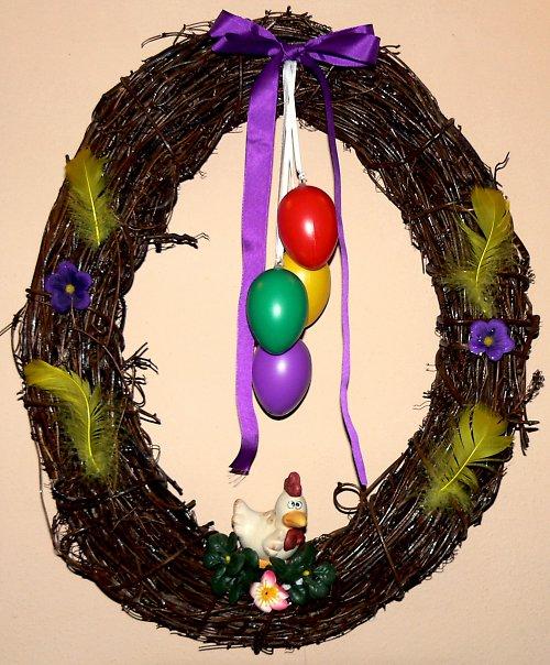 Velký velikonoční věneček ve tvaru vajíčka