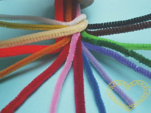 Drátek chlupatý plyšový  - různé barvy - 10 ks