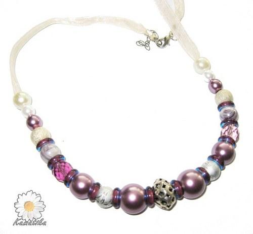 Perly a stříbrné korálky