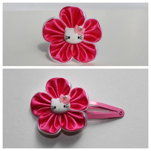 Sponka do vlasů - květ s Hello Kitty