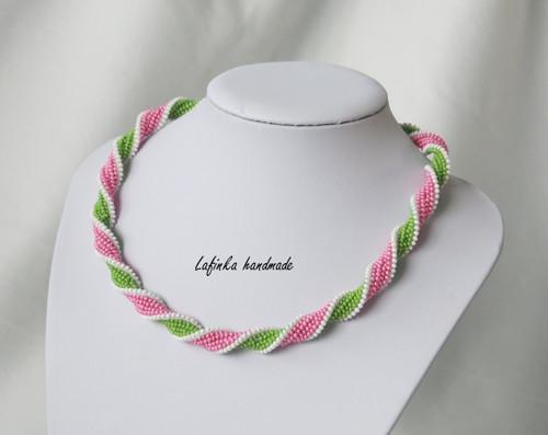 Kroucená spirálka růžově zelená