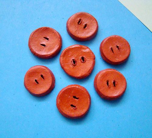 Kulaté keramické knoflíky