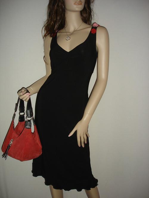 """černé šaty \""""Lisa\"""" s kanýrkem vel.40"""