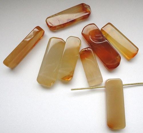 Minerál karneol - obdelník