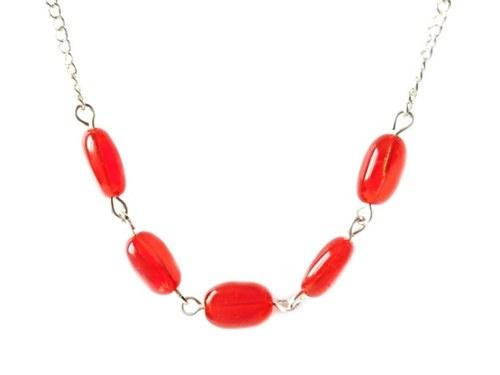 Elegantní červený náhrdelník
