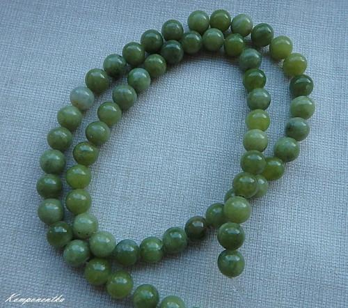 Korálky ze zeleného Nefritu 6mm 4kusy