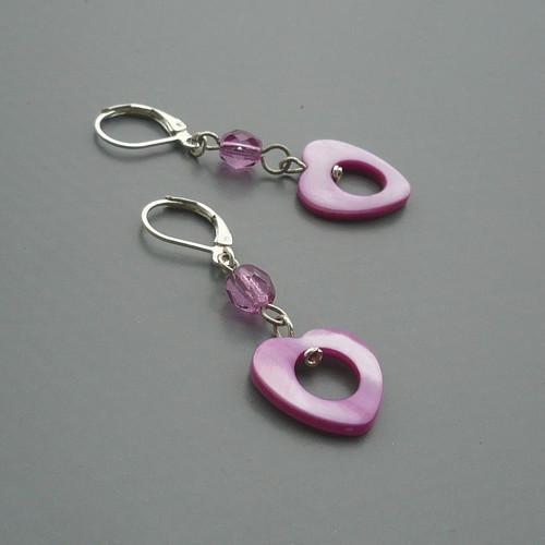 Růžovofialové perleťové náušnice