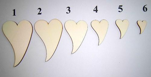 2D výřez srdce zahnuté č. 4-v.4,5x3cm