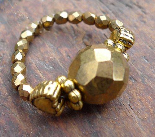 Prstýnek - zlatý korálek