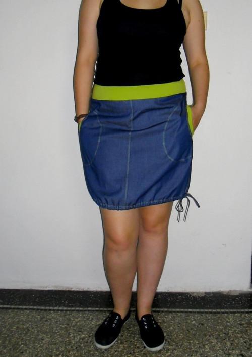 Sukně džínová s kiwi lemy...