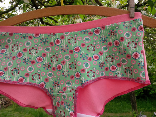 Kalhotky pastelové kytičky č. 58