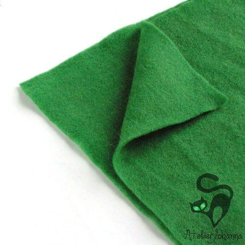 Prefelt plus trávově zelená