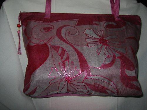 kabelka růžová