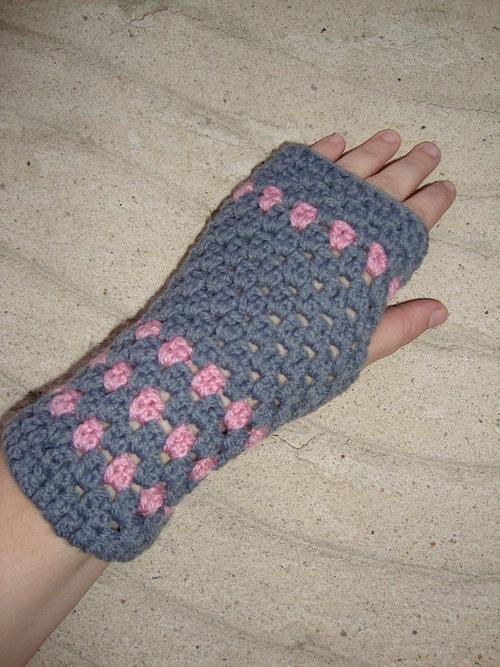 Bezprstové rukavice šedo-růžové