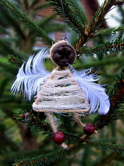 Vánoční ozdoba Andílek - přírodní